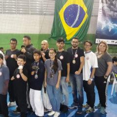 VINHEDO: Karatê conquista 44 medalhas e Taekwondo 10 em Copas Regionais