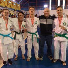 VINHEDO: Judô e Karatê conquistam medalhas e classificação em torneio