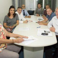 VINHEDO: Vereadores recebem Manifesto por duplicação da Rodovia Miguel Melhado Campos